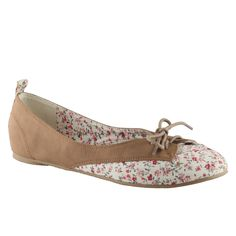 I love the floral design with brown is adorable, great for spring and summer!