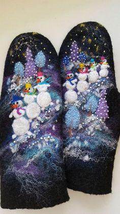 """Купить Варежки валяные """"Снеговики приходят ночью"""" - Новый Год, зима, варежки, черный"""