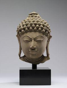 Indian - Head of a Jain Tirthankara - Walters 25262.jpg