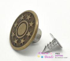 """Дешевое Античная бронзовая звезда шаблон жан галс 17 x 8 мм ( 5/8 """" x3 / 8 """" ), Продается за пакет из 50 компл. ( B17227 ) 8 года, Купить Качество Пуговицы непосредственно из китайских фирмах-поставщиках: Stainless Steel Needle Nose Pliers Jewelry Making Hand Tool Black 12.5cm(4 7/8""""),1 Piece (B33699) 8yearsUS $ 2.36/pieceB"""