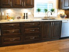 love this color of cabinets
