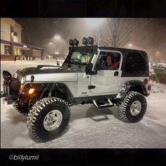 """by @billylumii """"#jeep #wrangler #snow"""" -#jeepbeef #Padgram"""