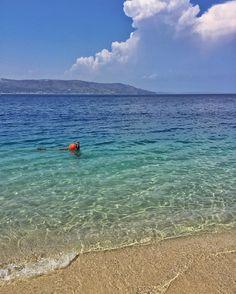 Di fronte al mare, la felicità è un'idea semplice (JCI)