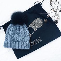Шапочка из мягчайшего мериноса woolfolk готова. Скоро запасы фотографий закончатся и постить будет нечего. В ближайшие две недели на карантине #knitstagram #knitting_inspiration #knitting #knitwear #шапка #вязаннаяшапка #творчество #handmade #ручнаяработа #пряжа #wool #мериносоваяшерсть #меринос #knit #вязание #вяжу #вяжуспицами #купитьшапку