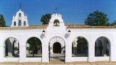 El Santuario Nuestra Señora de la Cinta se encuentra al final de la Avenida Manuel Suirot de Huelva