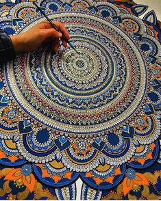 Yemeni artist Asmahan A. Mosleh (previously) continues to paint stunning acrylic mandala works infused with gold leaf accents. The meditative pieces take days to complete with upward of 80 hours spent on an individual painting. The UK-based artist shares process videos and completed works on her Ins