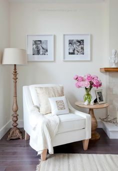 9 Beautiful White Chair Designs For A Simple Yet Elegant Home Decor  9 Beautiful White Chair Designs For A Simple Yet Elegant Home Decor | Modern Chairs. Living Room Set. #modernchairs #whitechair #livingroomideas R ..  http://www.coolhomedecordesigns.us/2017/06/22/9-beautiful-white-chair-designs-for-a-simple-yet-elegant-home-decor/
