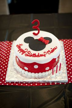Claire's Minnie Mouse Birthday Party | Magical Day Parties | A Fan Site Celebrating Disney Themed Events