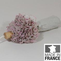 Ombrelle pliante La Mini Majesté. Pratique, avec ce modèle haute couture, vous serez à l'abri du soleil dans la plus grande classe.