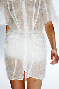 Vera Wang Spring 2012 — Runway Photo Gallery — Vogue