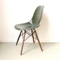DSW Chaise Eames originale Dark Olive Herman Miller - Atelier 159 En vente chez .  sc 1 st  Pinterest : chaise herman miller - Sectionals, Sofas & Couches