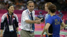 Olympic badminton head referee Torsten Berg issued one to four pairs of players accused of trying to lose their matches in an attempt to manipulate the draw for the knockout.