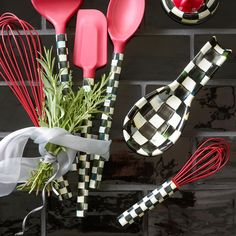 We want our whole kitchen to be filled with Courtly Check!