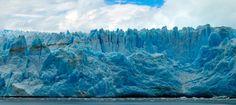 Glacier Pio XI. Forma parte del conjunto de glaciares que componen el Campo de Hielo Sur, siendo el mayor de todos ellos con sus 1265 km² de superficie. Pertenece al Parque Nacional Bernardo O'Higgins. Tierra del Fuego.Chile.  XII Región de Magallanes y Antártica Chilena.  www.navimag.com