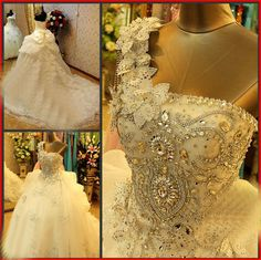 The+epitome+of+sheer+romance,+this+elegant+beautiful+gown+is+the+perfect+choice+for+any+affair.  •Adorned+with+SWAROVSKI+Luxury+Crystals+the+beautifully+draped+bodice+features+key-hole+detail+for+added+appeal.  •Beaded+empire+waist+is+flattering+on+many+body+types.  •The+dress+is+made+with+lac...