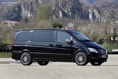 Mercedes-Benz updated its VIANO model midway through 2010, via a facelift. The exterior of the car has undergone some important changes, as it now borrows design cues from the passenger car range deve...