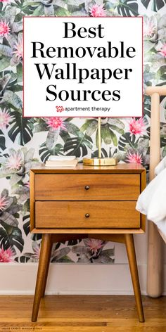 12 Removable Wallpaper Companies to Know Banish Bare Walls, Even in a Rental: The Best Sources for Removable Wallpaper Best Removable Wallpaper, Temporary Wallpaper, Peel And Stick Wallpaper, Bathroom Wallpaper, Home Wallpaper, Apartment Wallpaper, Bedroom Apartment, Wallpaper Ideas, Wallpaper Furniture