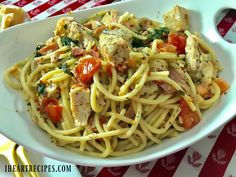 Bucatini pasta tossed in a white wine & creamy bacon sauce, with lemony chicken, crisp bacon, tomatoes, fresh spinach & more! Bucatini Recipes, Bucatini Pasta, Pasta Recipes, Cooking Recipes, Diet Recipes, Chicken Dinner For Two, Easy Dinner Recipes, Easy Meals, Kitchens
