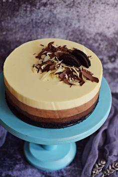 Sponge Cake Easy, Sponge Cake Roll, Lemon Sponge Cake, Sponge Cake Recipes, No Bake Desserts, Dessert Recipes, Strawberry Sponge Cake, Chocolate Sponge Cake, Hungarian Recipes