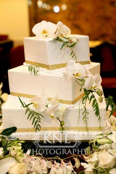 Linda and Michael's classy wedding cake. This cake was beautiful and looked nice at every angle. #weddingcake #bayareawedding