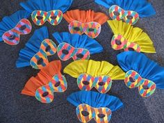 Kids Crafts, Clown Crafts, Circus Crafts, Carnival Crafts, Kids Carnival, Carnival Birthday Parties, Diy Arts And Crafts, Preschool Crafts, Paper Crafts