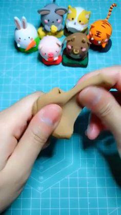 Polymer Clay Figures, Polymer Clay Animals, Cute Polymer Clay, Cute Clay, Polymer Clay Crafts, Diy Clay, Clay Crafts For Kids, Cute Crafts, Diy For Kids