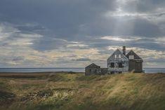 Travel Photography: Abandoned Home on the Snæfellsnes peninsula (Snaefellsjokull), Iceland » Acalbright.com