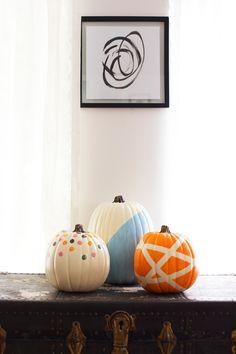 Painted pumpkins, three ways. The craft pumpkins are from Michaels . Fake Pumpkins, Artificial Pumpkins, White Pumpkins, Painted Pumpkins, Floral Lampshade, Cover Lampshade, Fabric Lampshade, Diy Pumpkin, Pumpkin Ideas
