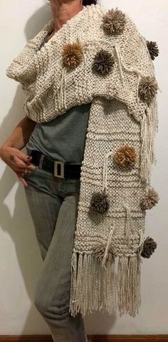 Diy Crochet And Knitting, Knitting Stiches, Form Crochet, Crochet Scarves, Crochet Shawl, Knitting Yarn, Knitting Patterns, Knit Cardigan Pattern, Knitted Poncho