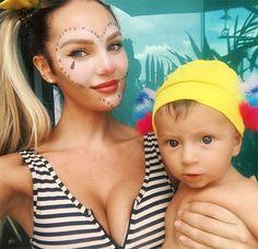 maquiagem de palhaça | Candice Swanepoel aproveita o Carnaval 2017 com o filho ...