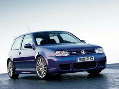 Golf 4 R32 Wallpaper - Electric Blue #golf #vw #R32 #misterauto #piecesauto