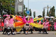 creative traditional dance