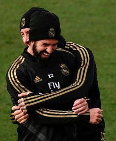 Real Madrid, Isco Alarcon, Cristiano Ronaldo, Football Players, Motorcycle Jacket, Soccer, Life, 28 Years Old, Sergio Ramos