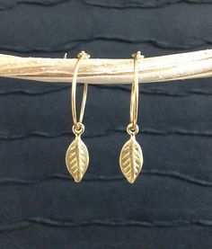 Gold Leaf Earrings Inspired By Duchess of by WendyShrayDesigns, $24.00