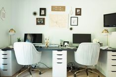This home office was designed to act as both a serene guest room and a home office with work space for two people. Both the husband and wife work from home, so two desk spaces were a must. Home Office Design, Home Office Decor, Office Den, Office Setup, Austin Homes, Austin Texas, Desk For Two, New Room, Decoration