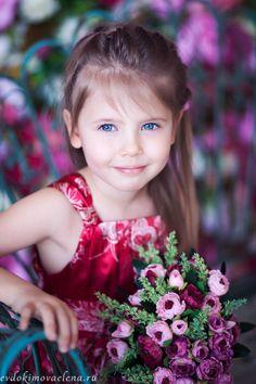 What a dear little girl ✨   ᘡℓvᘠ❤ﻸ•·˙❤•·˙ﻸ❤□☆□ ❉ღ // ✧彡☀️● ⊱❊⊰✦❁ ❀ ‿ ❀ ·✳︎· ☘‿FR DEC 01 2017‿☘ ✨ ✤ ॐ ♕ ♚ εїз ⚜ ✧❦♥⭐♢❃ ♦•● ♡●•❊☘ нανє α ηι¢є ∂αу ☘❊ ღ 彡✦ ❁ ༺✿༻✨ ♥ ♫ ~*~♆❤ ✨ gυяυ ✤ॐ ✧⚜✧ ☽☾♪♕✫ ❁ ✦●❁↠ ஜℓvஜ