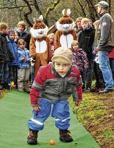 Osterspezial 2012- Alte Osterbräuche und eine Draisinenfahrt gefallen Touristen und Einheimischen