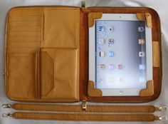 가죽공예-아이패드 가방(Leather craft-Ipad Bag) by madisa1, via Flickr