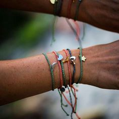 @Regrann from @ju_puravida -  #puravidabracelets #Regrann #charms #bracelets #armcandy #peace #love #hippie #gypsy #jewels by hippiegypsystyle
