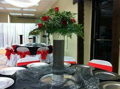 Decoracion de mesa rojo y negro