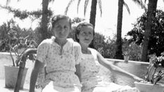 La etapa valenciana de la residencia de señoritas de la República, un ateneo de formación y sororidad para mujeres. Dos alumnas en el Huerto de las Palmas (Paiporta-Picanya).