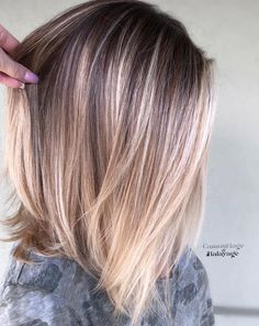 39 Beautiful Balayage Lob Hair Looks for We have rounded up here the most beautiful ideas of hair colors for long bob hairstyles to use in If you have lob styles and you are searching for best hair colors and highlights to make them sexy and c Balayage Lob, Balayage Straight, Hair Color Balayage, Balayage Long Bob, Bronde Lob, Sombre Hair, Thin Hair Haircuts, Cool Haircuts, Cool Hairstyles