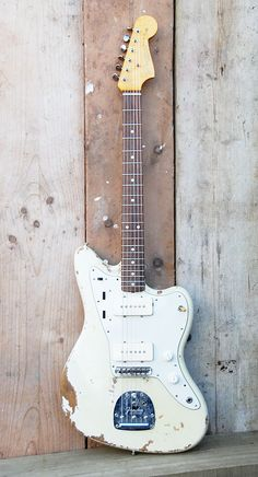 goes with everything: Fender Jazzmaster