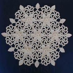 Fait à la main au crochet écru couleur nappe ronde par GobishBazaar