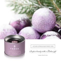 Christmas becomes chic with Wisteria Lilac! Il Natale si fa chic con Wisteria Lilac!  #christmasinspiration
