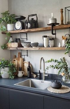 Ideas For Dark Wood Shelves Kitchen Industrial Style Kitchen, Rustic Kitchen, New Kitchen, Kitchen Decor, Rustic Room, Country Kitchen, Vintage Kitchen, Design Kitchen, Rustic Decor