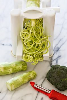 Spiralized Broccoli Stems #spiralizer #zoodles #broodles