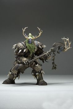 World of Warcraft DC Unlimited Series 2 Action Figure Night Elf Druid [Broll Bearmantle]