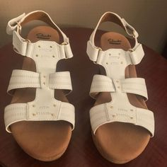 b3f35f61ba36 CLARK SANDALS WHITE LEATHER 10 MED 3 IN. HEELS SLIP ON SOFT CUSHION SHOE   fashion  clothing  shoes  accessories  womensshoes  sandals (ebay link)