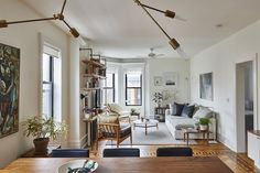 A+Small-Space+Brooklyn+Home+Thats+Classic+AND+Modern+#refinery29+http://www.refinery29.com/modern-small-space-renovation#slide-3